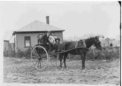 Mr Hoddinotte, engine driver Kurow 1896