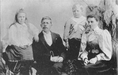 J H Appleby (photographer) and family, Palmerston