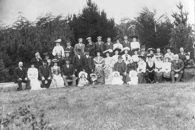 Wedding of Elizabeth Ross to William McKerrow, c.1903