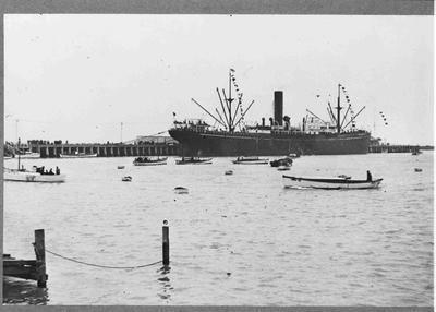 Holmes Wharf, unidentified ship