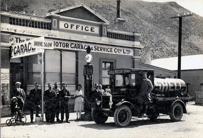 Kurow Motor Garage and Service Coy. Ltd. Staff