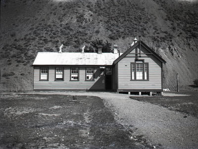 Old Kurow School