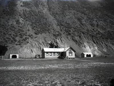 Old Kurow School