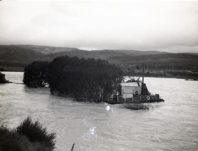 Lake Waitaki Pontoon