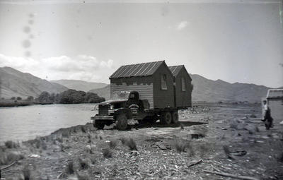 Kurow Motor Garage and Service Company Limited. Building transport