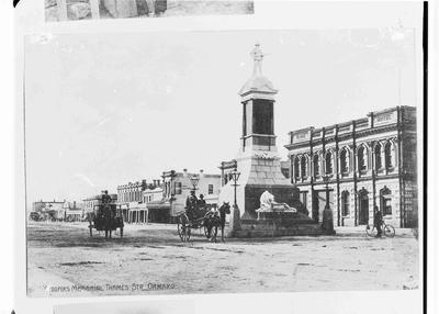 Troopers' Memorial, Thames Street Oamaru