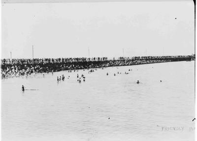 Friendly Bay, Oamaru; 283P