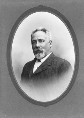 Benjamin Perry, Proprietor of the Empire Hotel, Thames Street, Oamaru, 1885 - 1905.