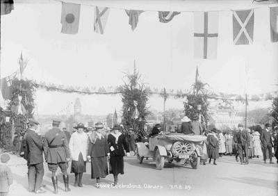 Peace Celebrations Oamaru JMB 39. Thames Street, 1918.