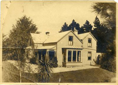 Edwards Family Photographs - Edwards' Home, Tees Street, Oamaru