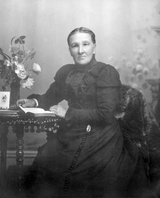 Lambert, Mrs Margaret nee Spalding?; 2017/002.171