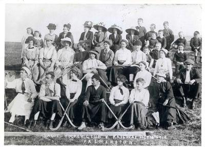 Ladies Hockey Club v. Railway employees, Palmerston.