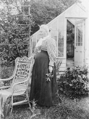 Elizabeth Forrester (Mrs Thomas)