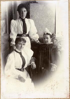 Mrs Duncan McKenzie, Mrs John McKenzie Snr., Miss McKenzie