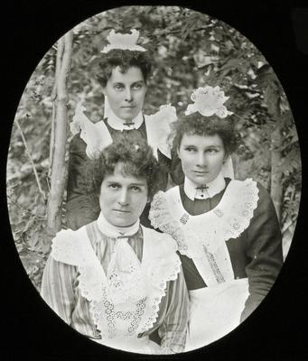 Women unidentified. Elderslie Estate