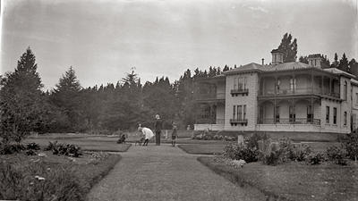 Elderslie Estate, House