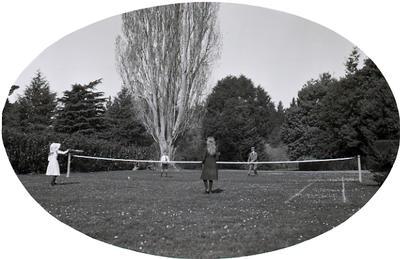 Elderslie Estate, Tennis Court