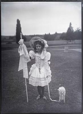 Elderslie Estate [?] Child portrait female.
