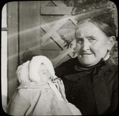 Agnes Reid and baby