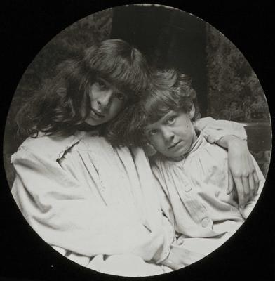 Ailsa Jack Humphreys McMaster and sister Adair McMaster