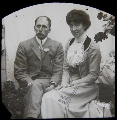 Unidentified couple. Elderslie Estate