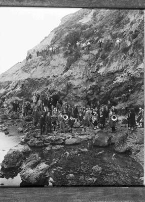 Start of work on Marine Parade, Cape Wanbrow, 1929.