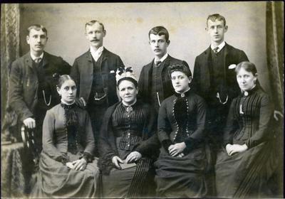 Family portrait, unidentified; J McKean; 2019/160.15