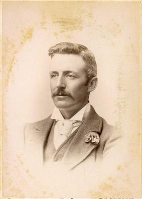 Man's portrait, unidentified