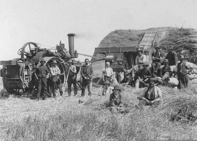 D Clark's Threshing Mill Feb 1917, with workers