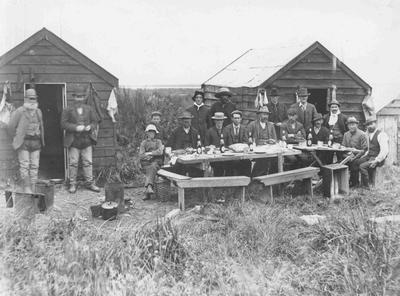 Fishermans camp, Waitaki river mouth; 3643P