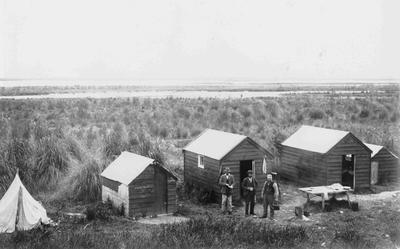 Fishermans camp, Waitaki river mouth; 3649P
