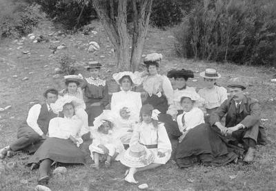 Mill picnic at Glencoe