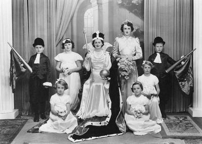 Festival Queen & Attendants