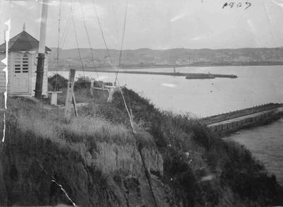Cape Wanbrow Signal Station, Oamaru Harbour