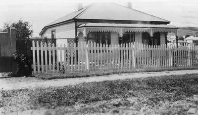 Lavender family home, 49 Till Street, Oamaru, c.1930