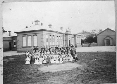 Class in front of Middle School, Severn Street.