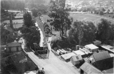 Elevated View, Oamaru, Park and Creek