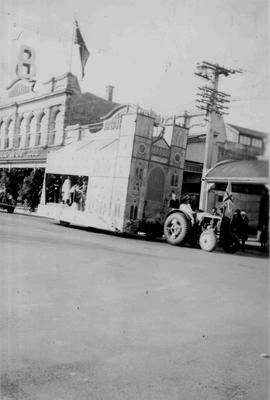 N O Farmers' Co op. Best Bus Coronation, 1937
