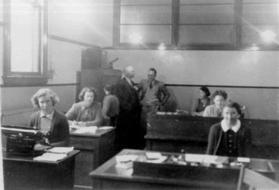 The Post Office, office, 13/8/1943