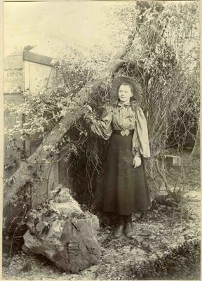 Girl in a garden; 2014/45.02.047