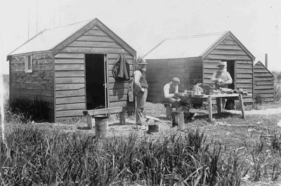 Fishermans camp, Waitaki river mouth; 3646P