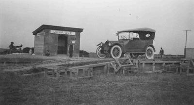 Car at Uxbridge, early 1900's