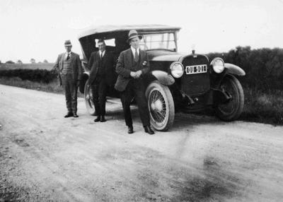 Alex frame's taxi 1929/30