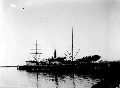 Ship Oamaru Harbour