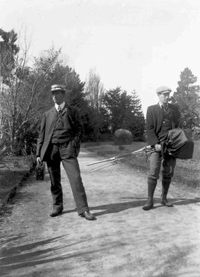 Jim Brown (left) and companion in Oamaru Public Gardens
