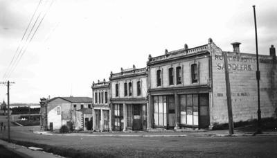 Terraced shops, Wansbeck Street (south); 2513P