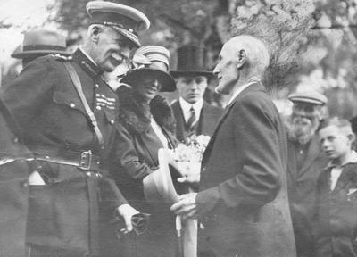 Oamaru, 1929. Governor-general Sir Charles Fergusson