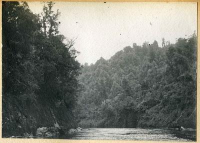 River scene, location unidentified; 2014/45.01.064