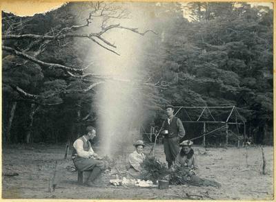 Breakfast in Safe Cove, Te Anau, 10 January 1899; 2014/45.01.082