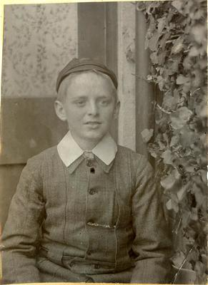 Unidentified boy; 2014/45.01.108